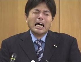『その涙には理由(わけ)がある』野々村被告、NHKに「号泣」放送停止を求める