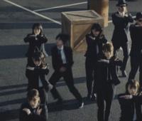 【欅坂46】5thMV、バックダンサーが一部ダンス間違ってる??