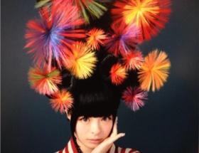 【画像】ちょwきゃりーぱみゅぱみゅの髪型wwwww
