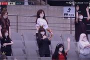【画像】開幕した韓国プロサッカー無観客試合に置かれた人形がコチラw