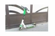 【乗り物】高齢の人もスイスイ移動!日本でも広がるか?街中電動キックボード