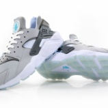『NIKE.COMでも販売予定 Nike Air Huarache QS  'MAG'』の画像
