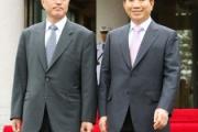 米誌「世界の頭脳」に文大統領 国政再建・北朝鮮対応など評価