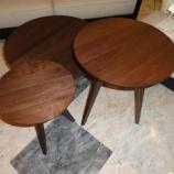『esticのSPIGAシリーズのアメリカ産インディアナ州ウォールナット材のサイドテーブル』の画像