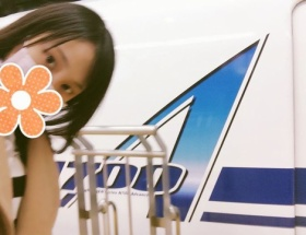 鉄道オタクの松井玲奈(21)「N700A、のーっちゃった!」キャラ作るのもたいへんだのw