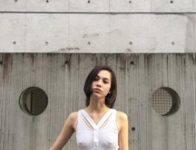 【画像】水原希子、乳首フル勃ち