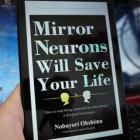 『日本の自己啓発本の英訳版【Mirror Neurons Will Save Your Life】を読みました!』の画像