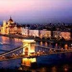 ハンガリーの人気番組「ミツコ つり上がった目で見た世界」→現地日本人が抗議www