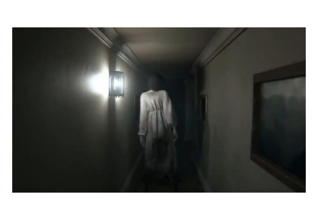 ホラーゲーム『P.T.』がヤバい…主人公の背後にずっと幽霊が取り憑いていた模様…