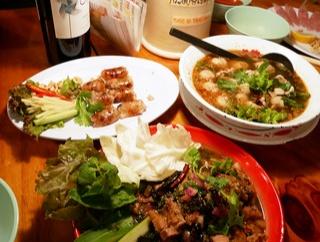 味も雰囲気も本場さながらのタイ料理店!「HATENA」@大阪心斎橋
