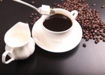 ワイ無職、喫茶店のコーヒーの高さにキレる