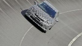トヨタ、水素自動車を2015年発売へ…水素1回注入で650キロ走行