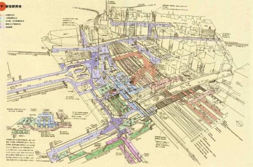 新宿駅とかいうRPGの最終ステージよりも複雑な迷路wwwwwwwwのサムネイル画像