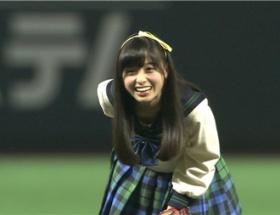【朗報】橋本環奈さん、始球式でパンチラがあったンゴ