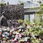 【閲覧注意】韓国ソウルにできた3万足の靴で作られたツリーがキモすぎと話題に!
