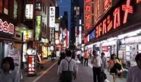 【日本の街】     東京の 新宿にいってみた。    海外の反応
