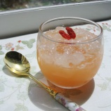 『薬膳スイーツ「ニンジンとリンゴのゼリー with 白木耳のジュレ」作りました』の画像