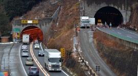 呪われた笹子トンネル、2日連続で事故発生して通行止めに