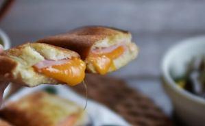 サクサクのパン&とろとろチーズ