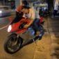 赤いバイクに縁のある夜でありやした…。あぶらーめん間に合った...