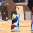 【悲報】アップルさん、半導体不足で泣く泣くiPhone13を減産、もう終わりだよこの地球