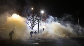 【用済み】バイデン政権、いきなり就任後ポートランドで催涙ガスをアンティファ・BLMに使用wwwww