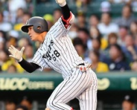 藤川俊介さん、ひっそりと残留へ