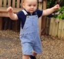 ジョージ王子の最新写真を公開 22日に1歳の誕生日