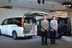 ホンダ 新型ステップワゴン発表! 1.5L VTECターボ…228万8000円から