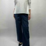 『長袖で1枚で着れるカットソー・・・バックデザインが素敵』の画像