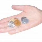 【悲報】女さん「600円の会計で1100円出されると100円玉5枚で返しますwwwwwwwwwww」
