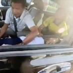 【動画】渋滞中に車内で娘が発作を起こし、家族はパニックに→たまたま通りかかったバイク乗りの行動が神対応すぎる…