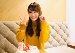 【乃木坂46】1年前の田村真佑ちゃんの誕生祝い、めっちゃ良い画像だなwwwww