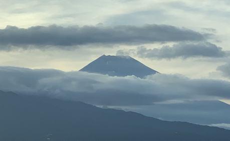 """""""富士山ビュー""""のホテルに宿泊"""