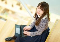 乃木坂46・高山一実、文庫版「トラぺジウム」4000部超の売り上げ!!!