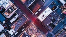 【米国】屋上パーティで隣のビルに飛び移ろうと…女性が落下し死亡