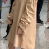『【乃木坂46】与田祐希、帰りの上海空港で高いヒールで頑張って歩く姿が激カワすぎるwwwwww』の画像