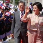 【韓国】誰が大統領?ムン・ジェインの前を堂々と歩いて手を振るムン夫人が話題に [海外]