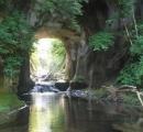 【画像】「まるでジブリ」の滝