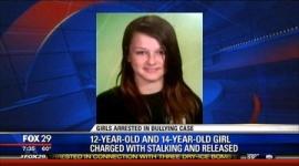 「そうよ、私がレベッカをいじめて、彼女は自殺した。でも、そんなことはどうでもいい」 悪質なストーカー行為容疑で同級生2人逮捕…アメリカ
