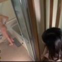 部屋飲みしてたら何故か乱交に発展!「篠田ゆう」キレイな美女をバックから激しく突きまくりタイツを脱がし全裸になって正常位挿入とかしちゃう