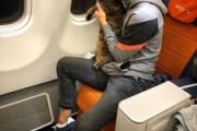 【ロシア】体重10キロの「太っちょ猫ちゃん」機内持ち込みの男性、替え玉作戦成功もマイル剥奪