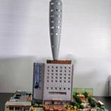 『【乃木坂46】ベマーズに登場した『ベルメゾン・ハジマル』の模型 細部のこだわりが凄すぎる件・・・【初森ベマーズ】』の画像