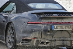 ポルシェ「911ターボ カブリオレ」新型スクープ! 600ps超で2020年3月デビューか