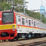 『メトロ6000系6127F大窓に??』の画像