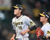 誠也が外スラに腰引いた 阪神・藤浪の〝荒れ球〟は最強の武器だ