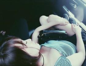 大島優子さん、エロい写真をインスタに投稿する