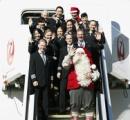 サンタクロース、成田に到着