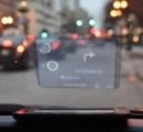 スマホの画面を車のフロントガラスに映すHUD登場間近、落ちものゲーが捗るな