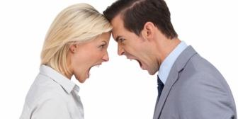 長期休暇に夫婦喧嘩仕掛ける。結果、お出かけ的イベントは潰れお一人様満喫!最終日に仲直りして普段の生活に戻る